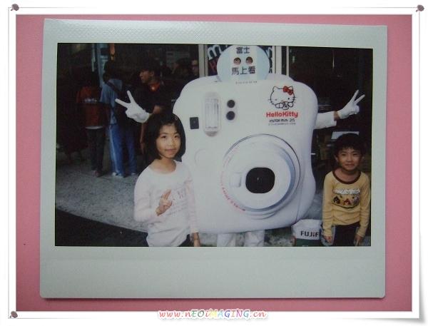 富士instax馬上看相機 全國街頭互動體驗會[西門町]7.jpg