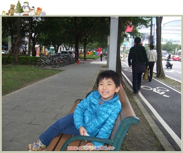 台北市信義區聖誕樹38.jpg