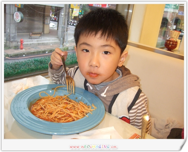 洋廚Young Kitchen[義大利麵.比薩.焗烤專賣店]14.jpg