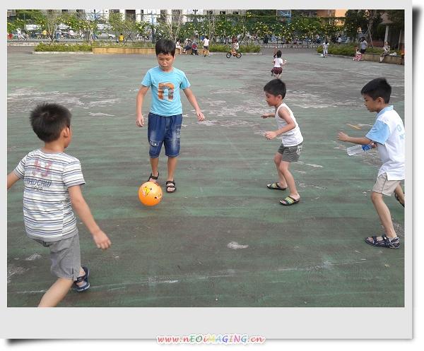 騎腳踏車&玩球[華夏技術學院]5