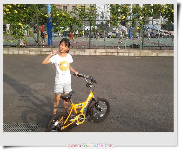騎腳踏車&玩球[華夏技術學院]8