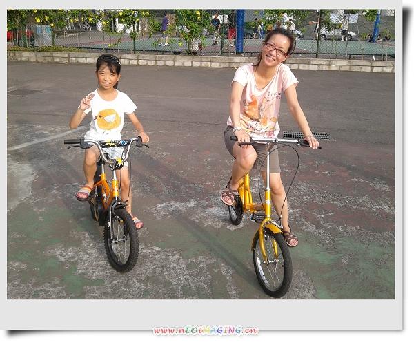 騎腳踏車&玩球[華夏技術學院]9