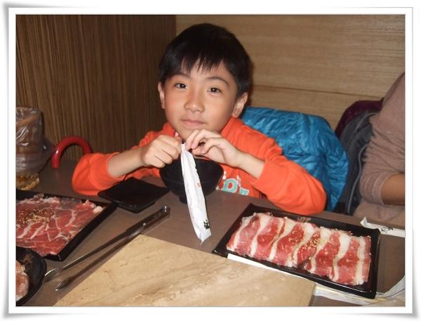 野宴日式炭火燒肉[中和興南店]_慶祝媽咪生日1