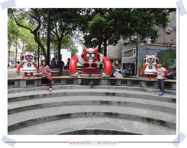 捷運中山站線形公園2