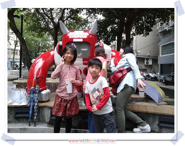 捷運中山站線形公園4