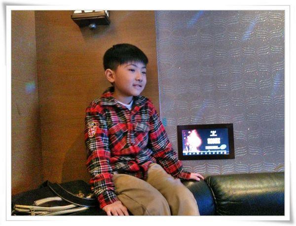 星聚點KTV‧時尚宴_板橋店[妤蓁11歲生日]12