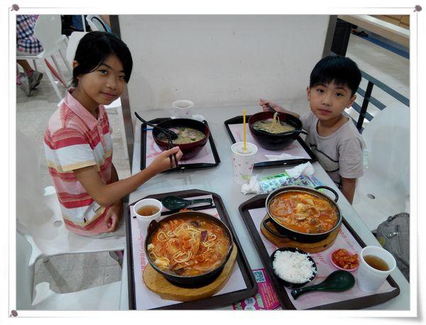 恆宇學游泳7[秀山國小室內溫水游泳池]