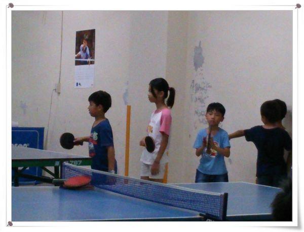 復興國小桌球隊暑假育樂營第一週4
