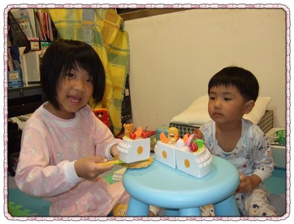 生日蛋糕切切樂玩具組4.jpg