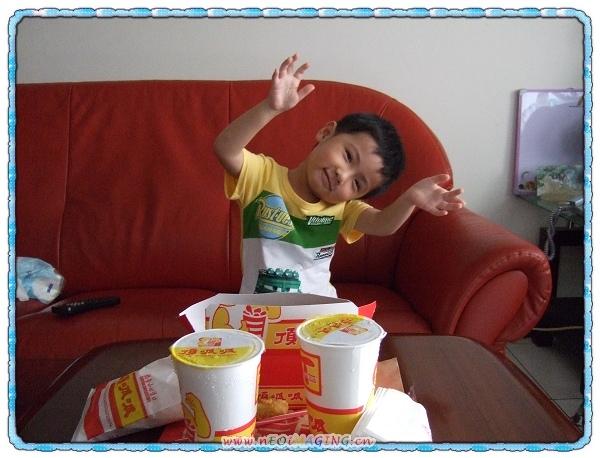頂呱呱T.K.K. Fried Chicken2.jpg
