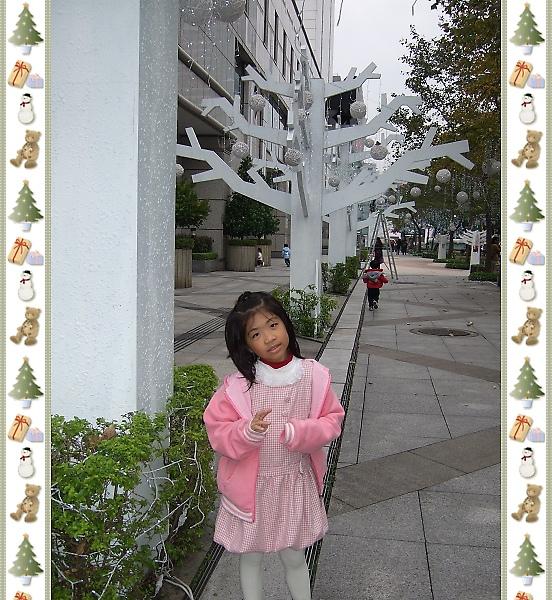 新光三越聖誕雪花球9.jpg