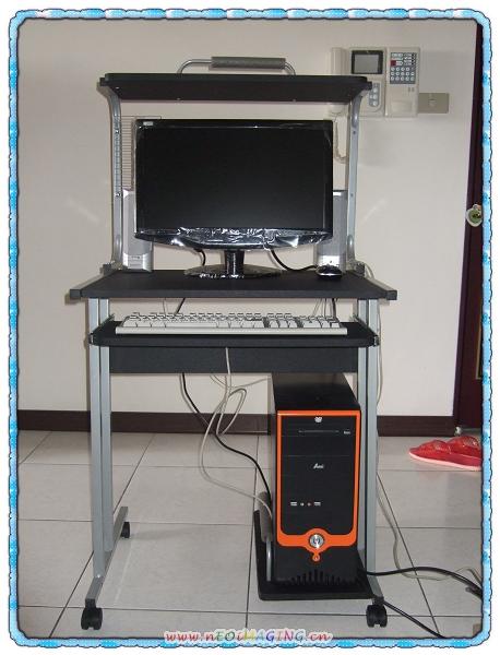 莫妮卡電腦桌4.jpg