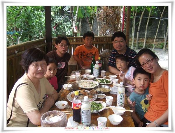 台東石窯雞10.jpg