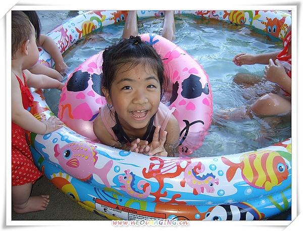 INTEX熱帶魚充氣游泳池5.jpg
