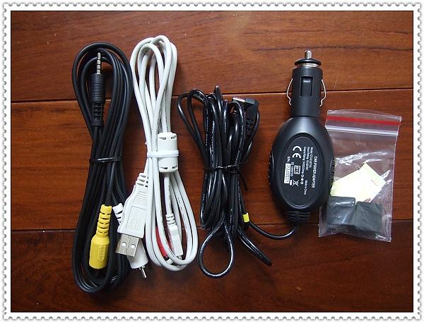 GV6330行車紀錄器[VOSONIC]2.jpg