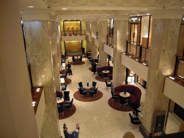 外灘18號1樓大廳