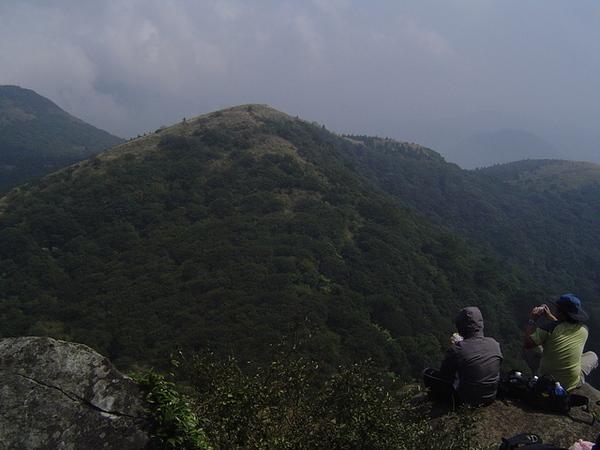 20061015爬爬團大屯山連峰行 057.jpg