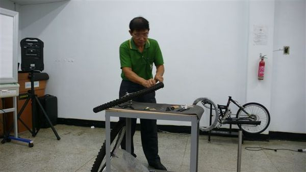 20070928KHS單車學校DIY 007.jpg