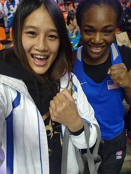 2014年濟州世界女子拳擊錦標賽與倫敦奧運75公斤金牌合照