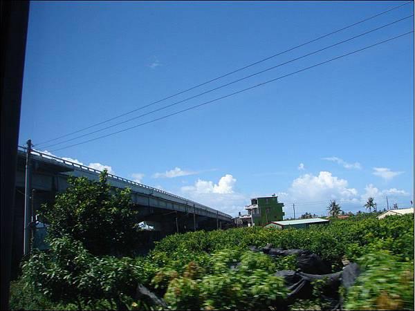 火車窗景~山