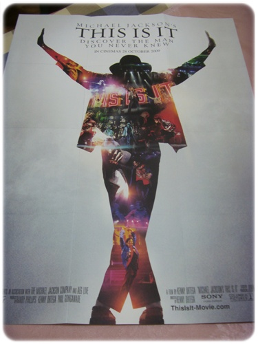 MJ首映場海報