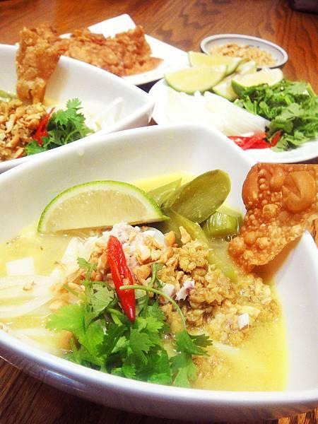 緬甸魚湯粿條Fish Soup With Rice Noodles, Burmese cuisine