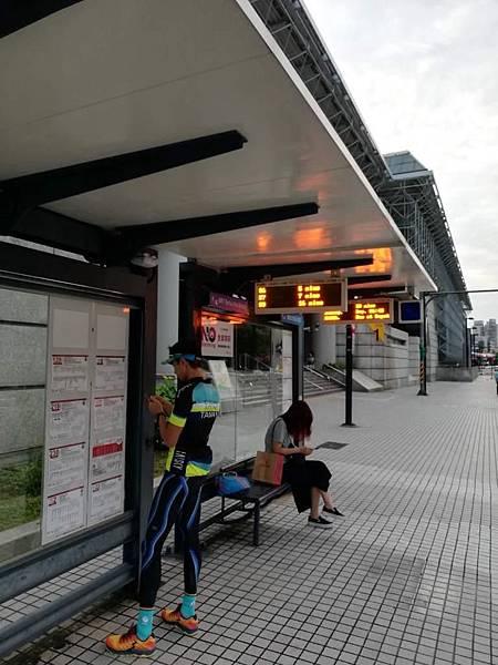 1_北投捷運站巴士.jpg