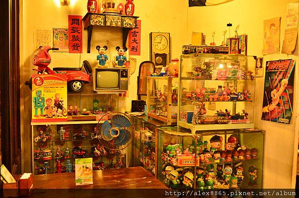 玩具店.jpg