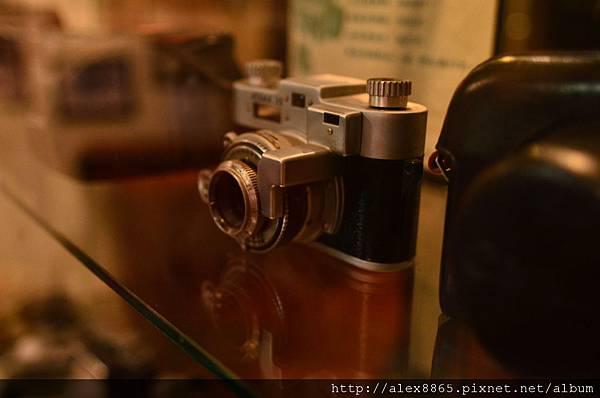 舊相機-3.jpg