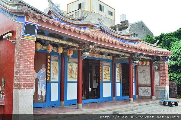 地藏王廟側照.jpg