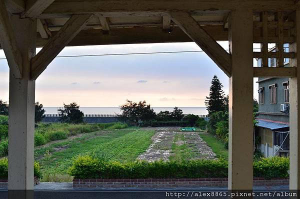 車站前就能看得見海.jpg