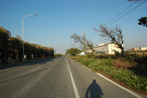 0101 024-好大的風在鹿港.jpg