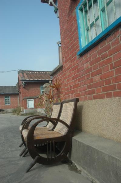 0122 018-古樸的椅子.jpg