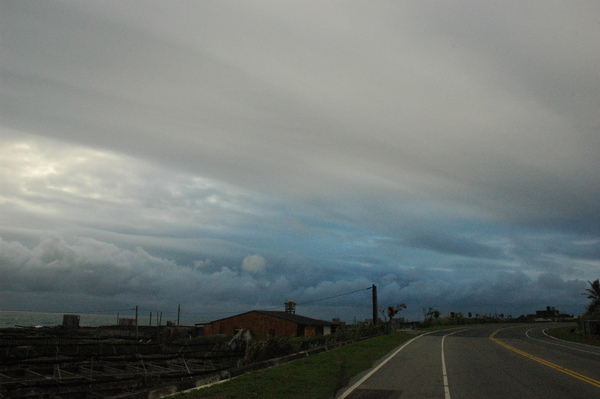 0227 665-多雲的天空.jpg