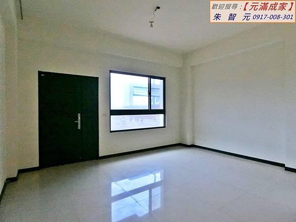 香山車站全新大院電梯別墅 (1).JPG