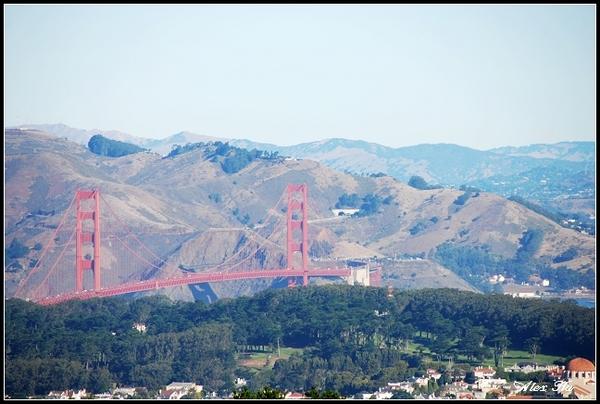 Golden Gate Bridge (Twinpeaks view)