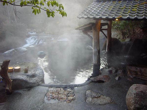 在這泡湯,彷彿和大自然融為一體