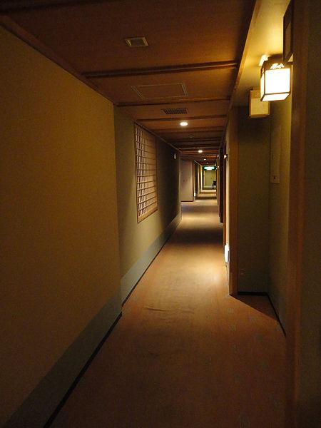 溫馨典雅的房前走道
