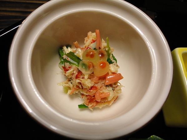先付中除了馬舌外,我最愛的就是這個什錦涼拌,冰涼的鮭魚、蔬菜配上鮭魚卵的噗滋口感,真的很喔伊細