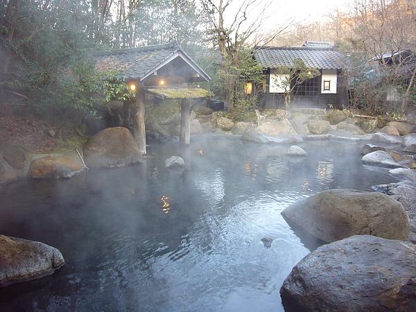 籠罩在溫泉熱氣中的幽谷の湯是不是很有fu