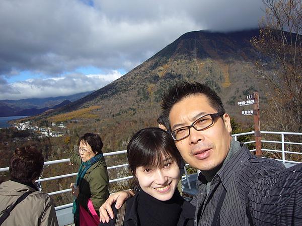 除了華嚴瀑布及中禪寺湖,明智平展望台還能觀賞到奧日光的神聖火山男體山