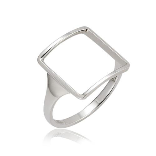 Mystere 方形簍空戒指 (代購價: $3080)