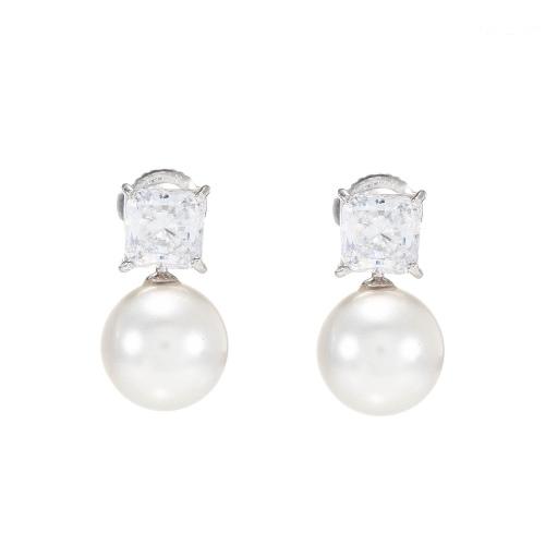 小方鑽大珍珠耳環 (代購價: $2980)