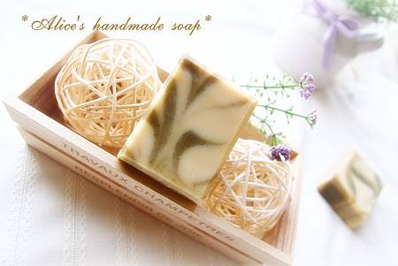 淑梅の皂寶1.jpg