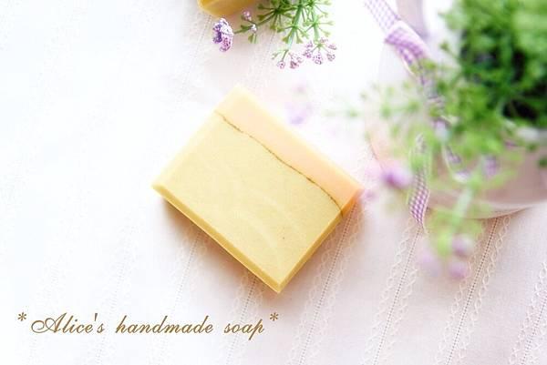 淑梅-甜杏乳油滋養-1.JPG