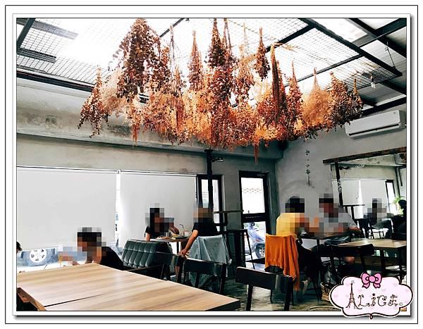 44 Bit 拍拍餐桌Cafe %26; Diner 高雄店.jpg