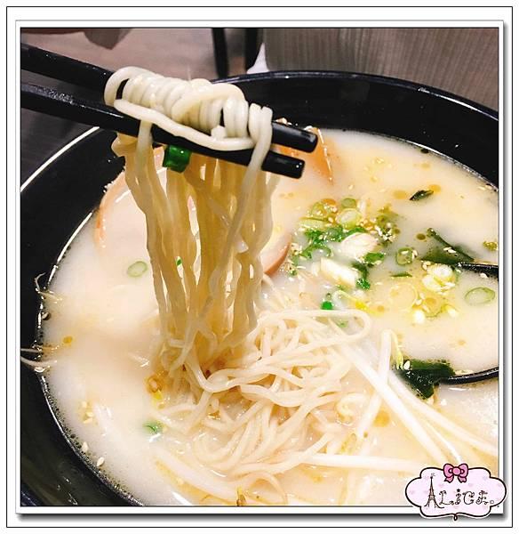 五藏拉麵-蒜香豚骨拉麵 (1).jpg