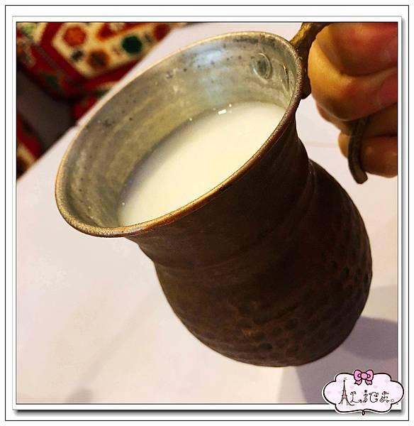 土耳其特製酸奶.jpg