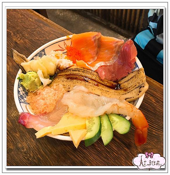 海鮮丼飯 (2).jpg