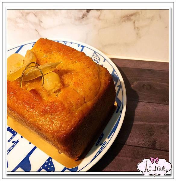 桂花琴酒蓮柚磅蛋糕 (8).jpg